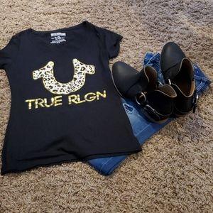 Next to New True Religion shirt